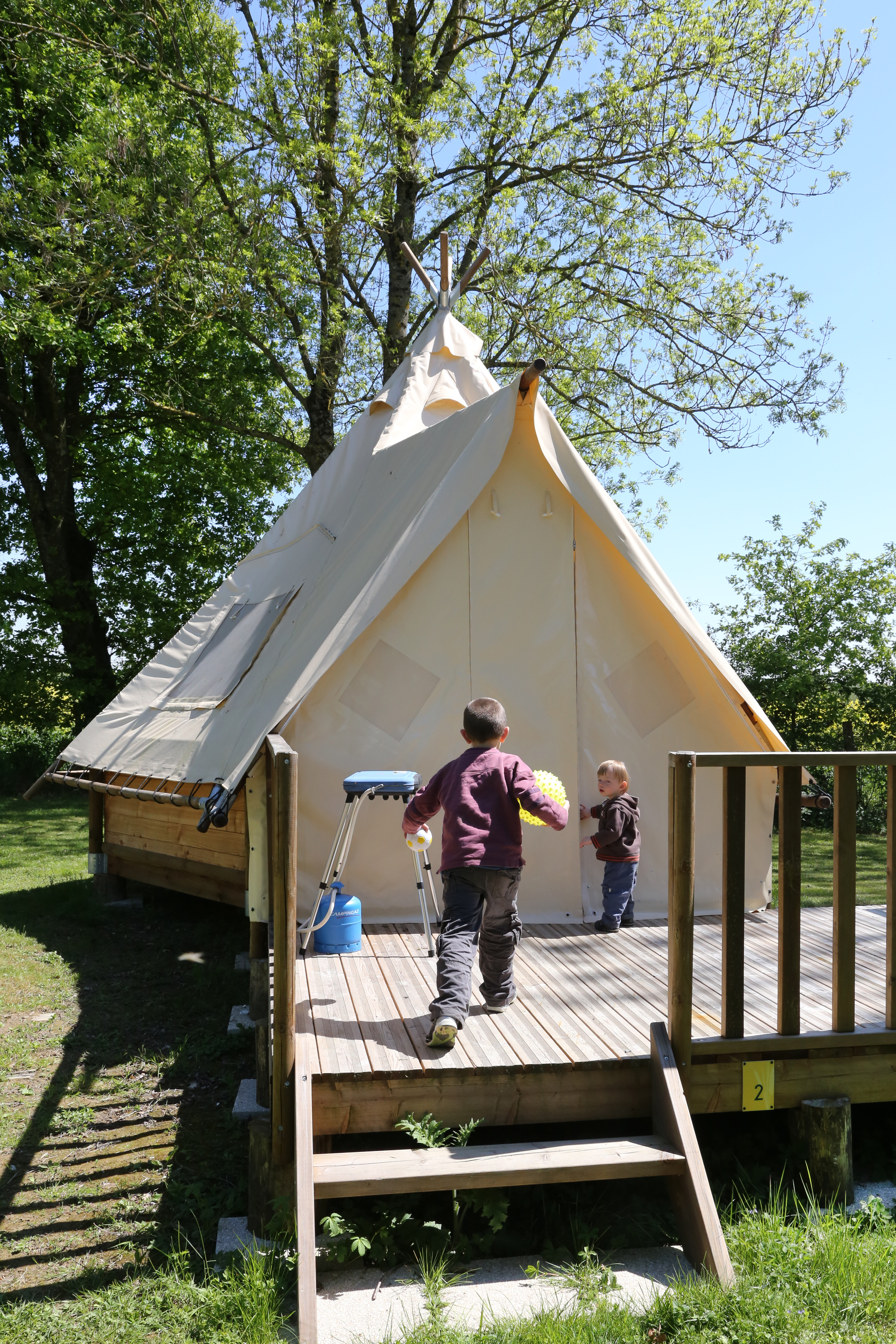 Tipi PDO Camping Nid Du Parc Fin Avril 2017 Y. THONNERIEUX (34)